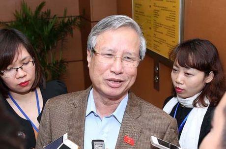 Chu nhiem UBKT Trung uong giai thich ve viec cach chuc ong Vu Huy Hoang - Anh 1