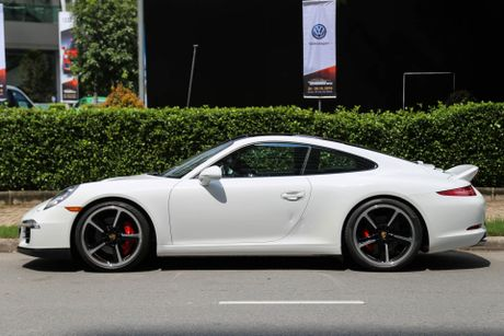 Sieu xe Porsche ban so luong han che tai Sai Gon - Anh 2