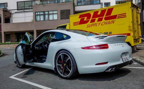 Sieu xe Porsche ban so luong han che tai Sai Gon - Anh 3