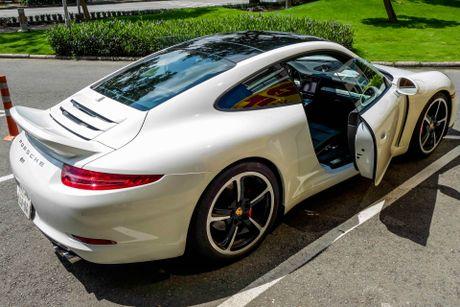 Sieu xe Porsche ban so luong han che tai Sai Gon - Anh 4