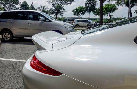 Sieu xe Porsche ban so luong han che tai Sai Gon - Anh 6