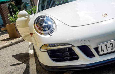 Sieu xe Porsche ban so luong han che tai Sai Gon - Anh 7