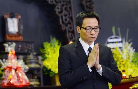 Pho thu tuong Vu Duc Dam vieng nghe si Pham Bang - Anh 3