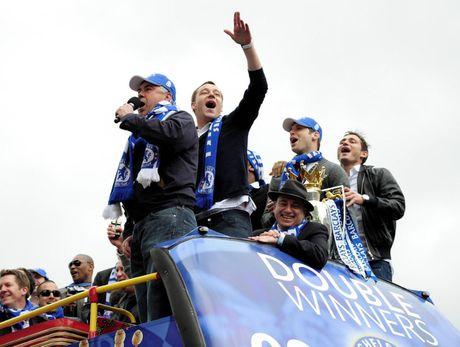 18 nam su nghiep cua John Terry o Chelsea - Anh 7