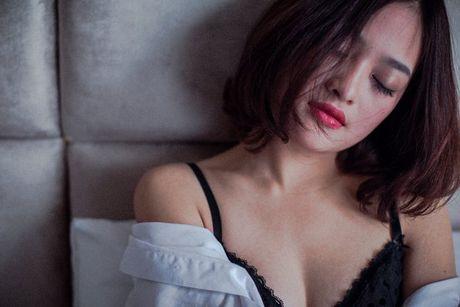 Thuy Anh 'Dap canh' cap cap di hoc dien xuat - Anh 1