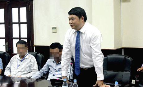 Duong thang tien cua sep nha may 7.000 ty 'tron' di chua benh - Anh 3