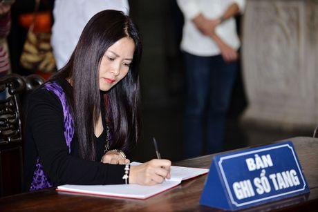 MC Thao Van vua khoc vua ghi so tang nghe si Pham Bang - Anh 10