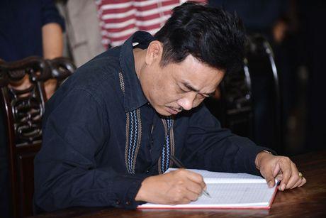 MC Thao Van vua khoc vua ghi so tang nghe si Pham Bang - Anh 6