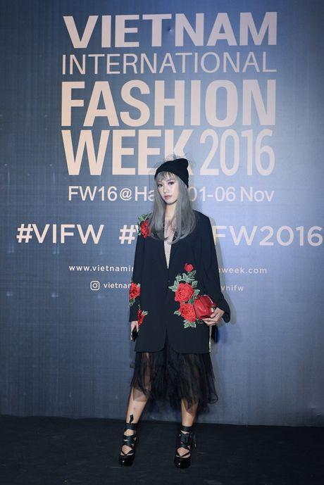Tham do VIFW Thu Dong 2016 khong co dau hieu 'ha nhiet' - Anh 10
