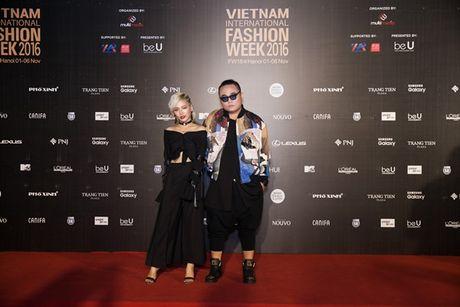 Tham do VIFW Thu Dong 2016 khong co dau hieu 'ha nhiet' - Anh 5