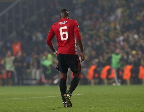 Jose Mourinho dang gap tham hoa o Man United - Anh 3