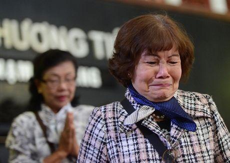 Nuoc mat nhung 'co vo ho' trong tang le nghe si Pham Bang - Anh 3