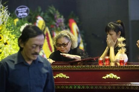 Nuoc mat nhung 'co vo ho' trong tang le nghe si Pham Bang - Anh 6