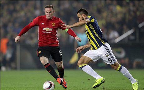 Tieu diem the thao: Jose Mourinho kem ca David Moyes va Van Gaal - Anh 1