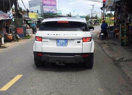 Lanh dao tinh Kien Giang muon xe hop Range Rover tien ty di… cong tac (!) - Anh 1