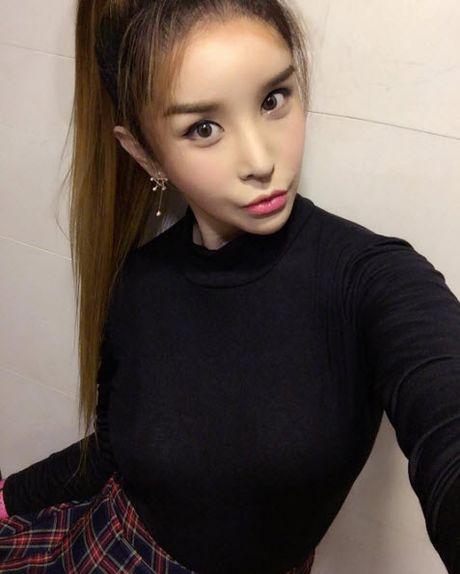 Cuoc song nhu mo cua my nhan chuyen gioi sexy nhat xu Han - Anh 2