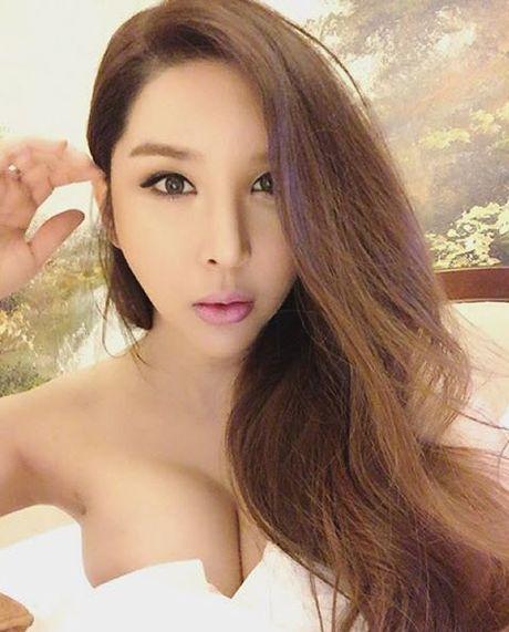 Cuoc song nhu mo cua my nhan chuyen gioi sexy nhat xu Han - Anh 7
