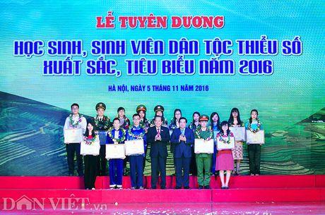 Toan canh buoi Le tuyen duong hoc sinh DTTS tieu bieu 2016 - Anh 5