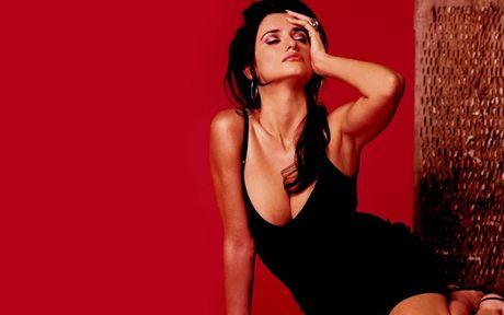 Than hinh ruc lua, khieu khich cua Penelope Cruz - Anh 4
