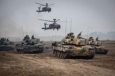Nang cap xe tang Challenger 2, nguoi Anh biet so T-14 Armata - Anh 2