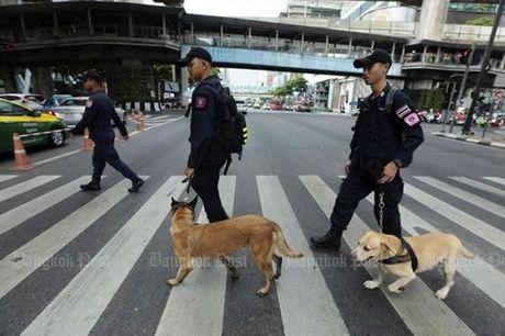 Canh bao bom, Bangkok that chat an ninh - Anh 1