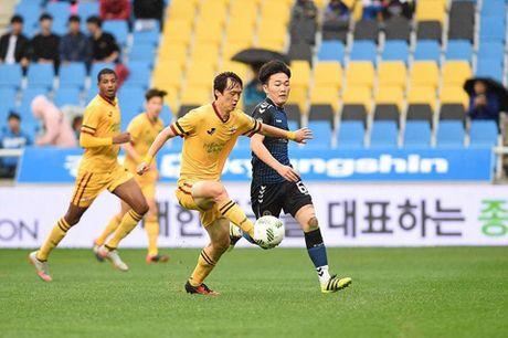 Hom nay Xuan Truong da tran quan trong nhat mua cung Incheon Utd - Anh 1