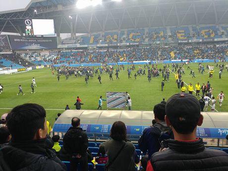 Doi bong cua Xuan Truong tru hang K-League - Anh 2