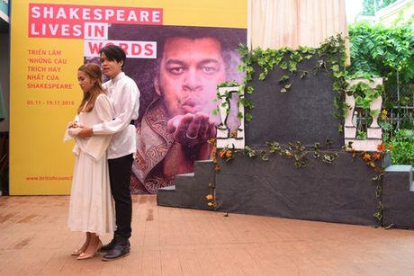 Romeo va Juliet hon nhau tren duong sach - Anh 3