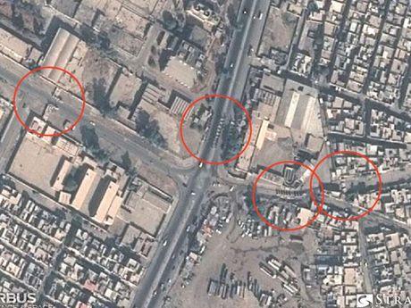 Lo anh ve tinh phong tuyen cua IS o Mosul - Anh 3