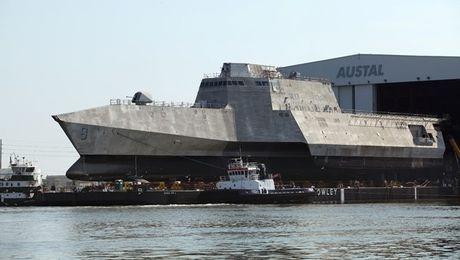 Tau chien USS Montgomery loi hai hang dau My lai gap su co - Anh 1