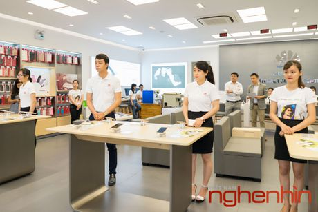 Huawei khai truong trung tam dich vu khach hang dau tien tai Viet Nam - Anh 3