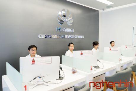 Huawei khai truong trung tam dich vu khach hang dau tien tai Viet Nam - Anh 7