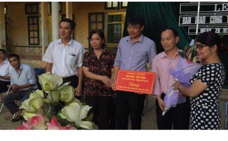 Tieu thuong cho Hom ho tro hon 100 trieu cho tre em vung cao - Anh 1