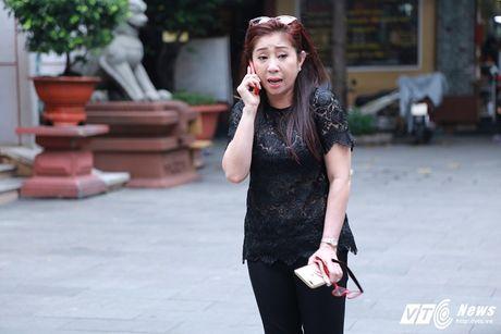 Thanh Loc than tho, Thoai My bat khoc khi toi vieng 'sau nu' Ut Bach Lan - Anh 4