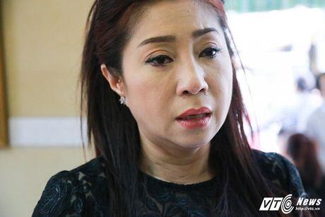 Thanh Loc than tho, Thoai My bat khoc khi toi vieng 'sau nu' Ut Bach Lan - Anh 5
