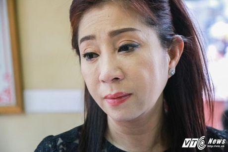 Thanh Loc than tho, Thoai My bat khoc khi toi vieng 'sau nu' Ut Bach Lan - Anh 6