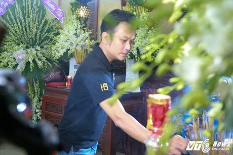 Thanh Loc than tho, Thoai My bat khoc khi toi vieng 'sau nu' Ut Bach Lan - Anh 9