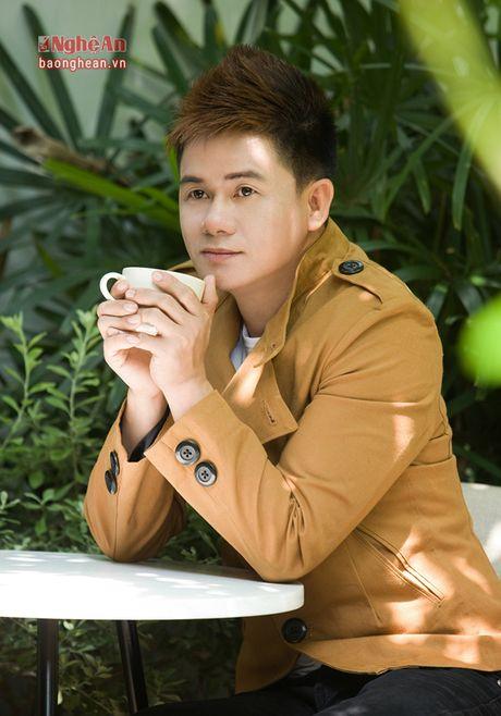 Chang trai Quang Tri viet ca khuc ve xu Nghe gay sot cong dong mang - Anh 1