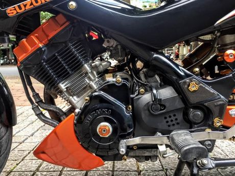 Xe no Suzuki Rider 150 do loat hang hieu dat tien tren xe - Anh 11