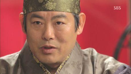 Cho doi gi o Hwarang - 'bom tan' co trang khep lai nam 2016? - Anh 15