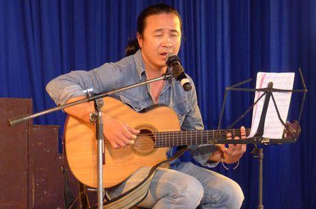Nhac si Le Minh Son: 'Ban ve bang cai cu thi buon lam!' - Anh 1