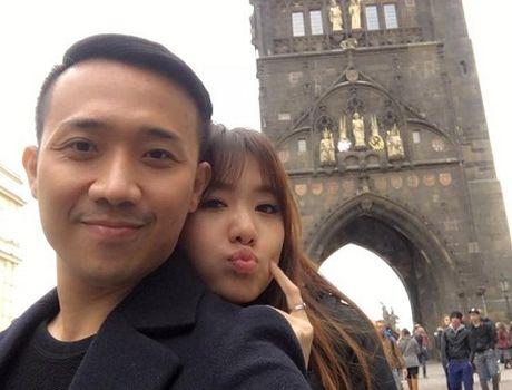 Tran Thanh - Hari Won hanh phuc ben troi Au truoc ngay cuoi - Anh 1