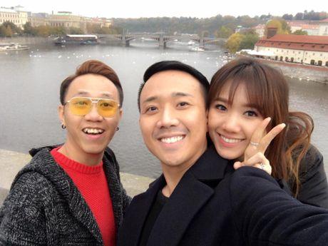 Tran Thanh - Hari Won hanh phuc ben troi Au truoc ngay cuoi - Anh 9