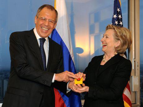 Hillary Clinton, nguoi cuc ky gay gat voi ong Putin - Anh 3