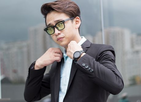 MC Quang Bao sang Han Quoc giao luu cung doan phim 'Hau due mat troi' - Anh 1