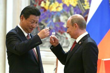 Trung Quoc muu do 'vuot mat' Nga? - Anh 1