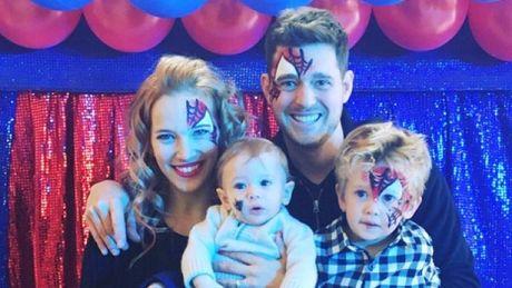 Michael Buble suy sup khi con trai 3 tuoi mac benh ung thu - Anh 2