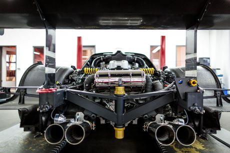 Do Maserati MC12 1,8 trieu USD thanh sieu xe duong pho - Anh 2