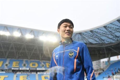 Incheon 0-0 Suwon (H1): Doi cua Xuan Truong choi mau lua - Anh 13