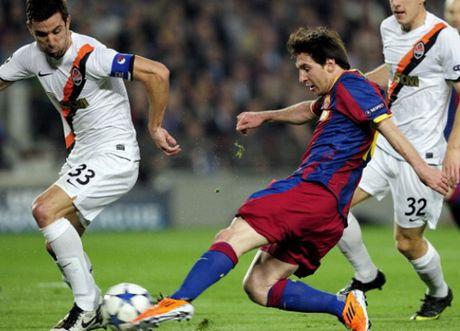 Lionel Messi va 9 khoanh khac 'thieu kiem che' - Anh 6